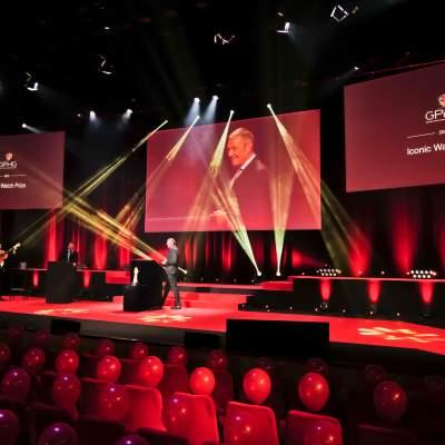 Jean-Christophe Babin, CEO de Bulgari, lauréat du Prix de la Montre Iconique 2020