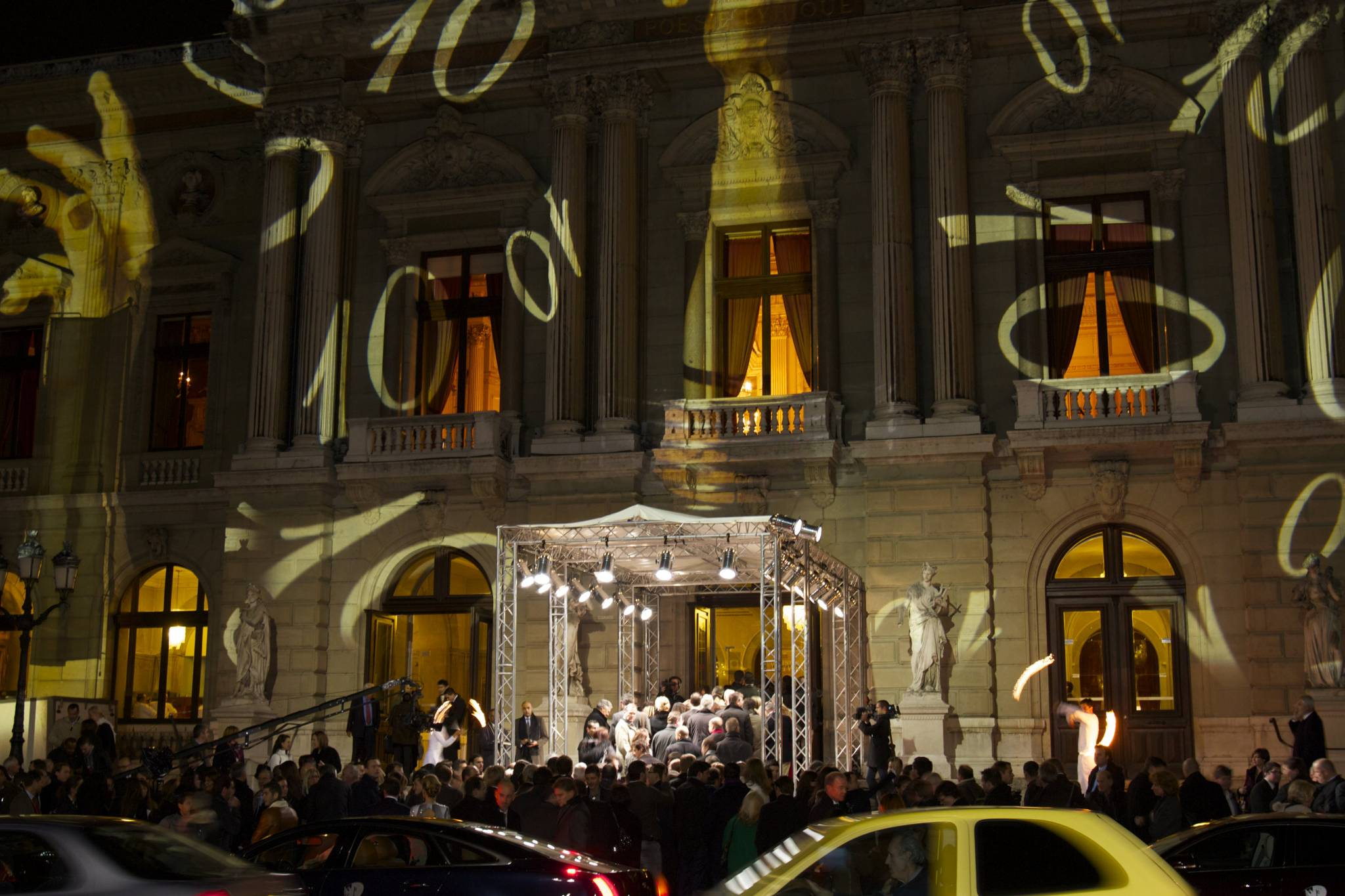 Le Grand Théâtre de Genève illuminé par Gerry Hofstetter
