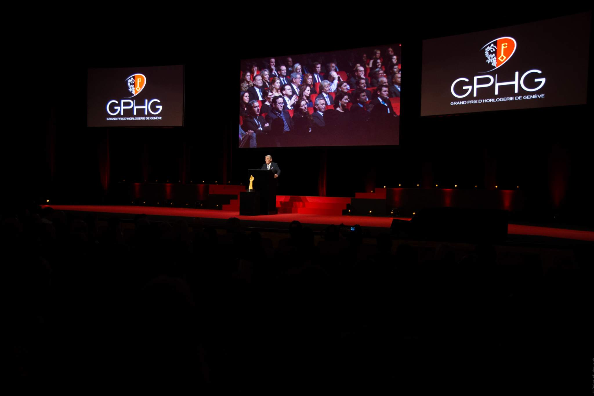 Carlo Lamprecht (President of the Foundation of the GPHG) at the prize-giving ceremony of the GPHG 16