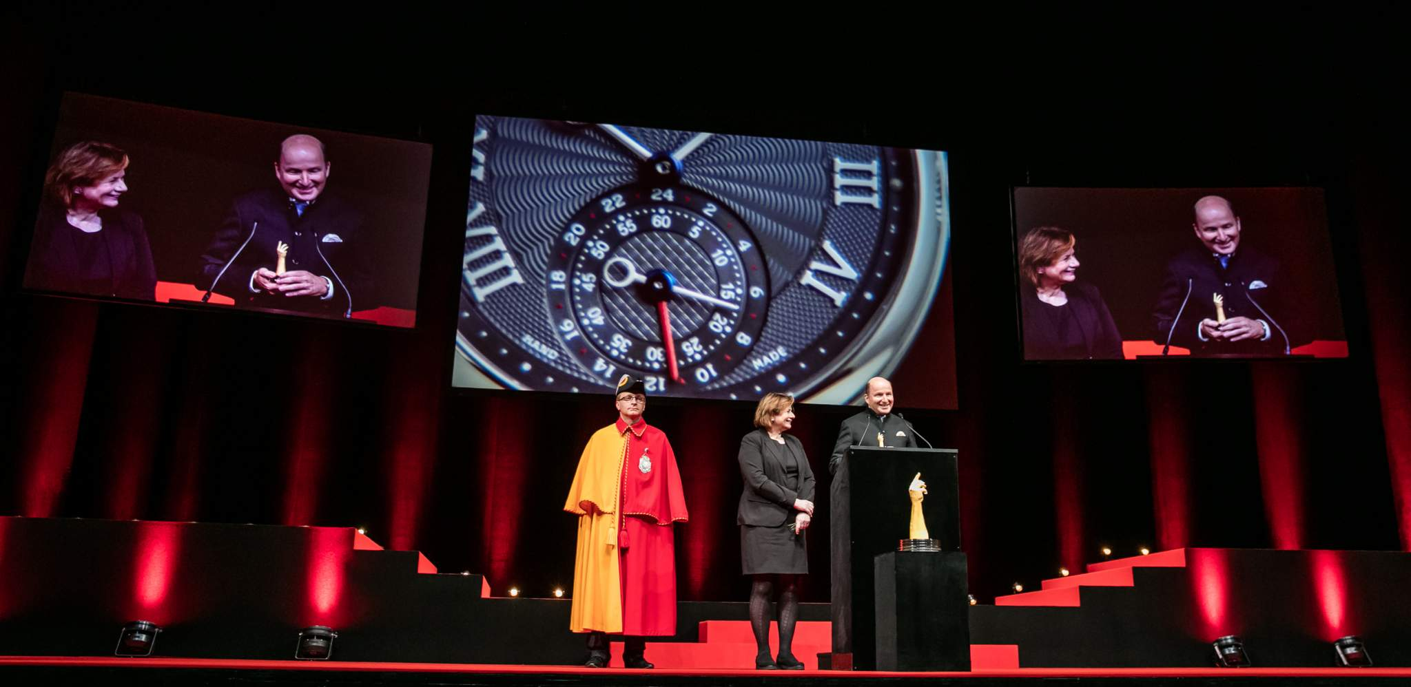 Kari Voutilainen (Founder of Voutilainen, winner of the Men's Watch Prize 2015), with Esther Alder (Mayor of the City of Geneva)