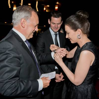 Johann Schneider-Ammann (Federal councillor), Pierre Maudet (State councillor) and Carine Maillard (Director of the GPHG Foundation)