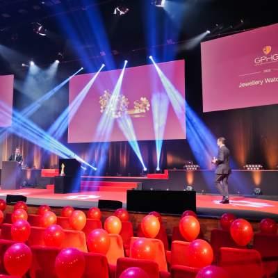 Eric de Rocquigny, Directeur des Opérations et des Métiers de Van Cleef & Arpels, lauréat du Prix de la Montre Joaillerie 2020