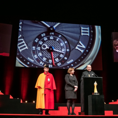 Kari Voutilainen (Fondateur de Voutilainen, marque lauréate du Prix de la Montre Homme 2015), avec Esther Alder (Maire de Genève)