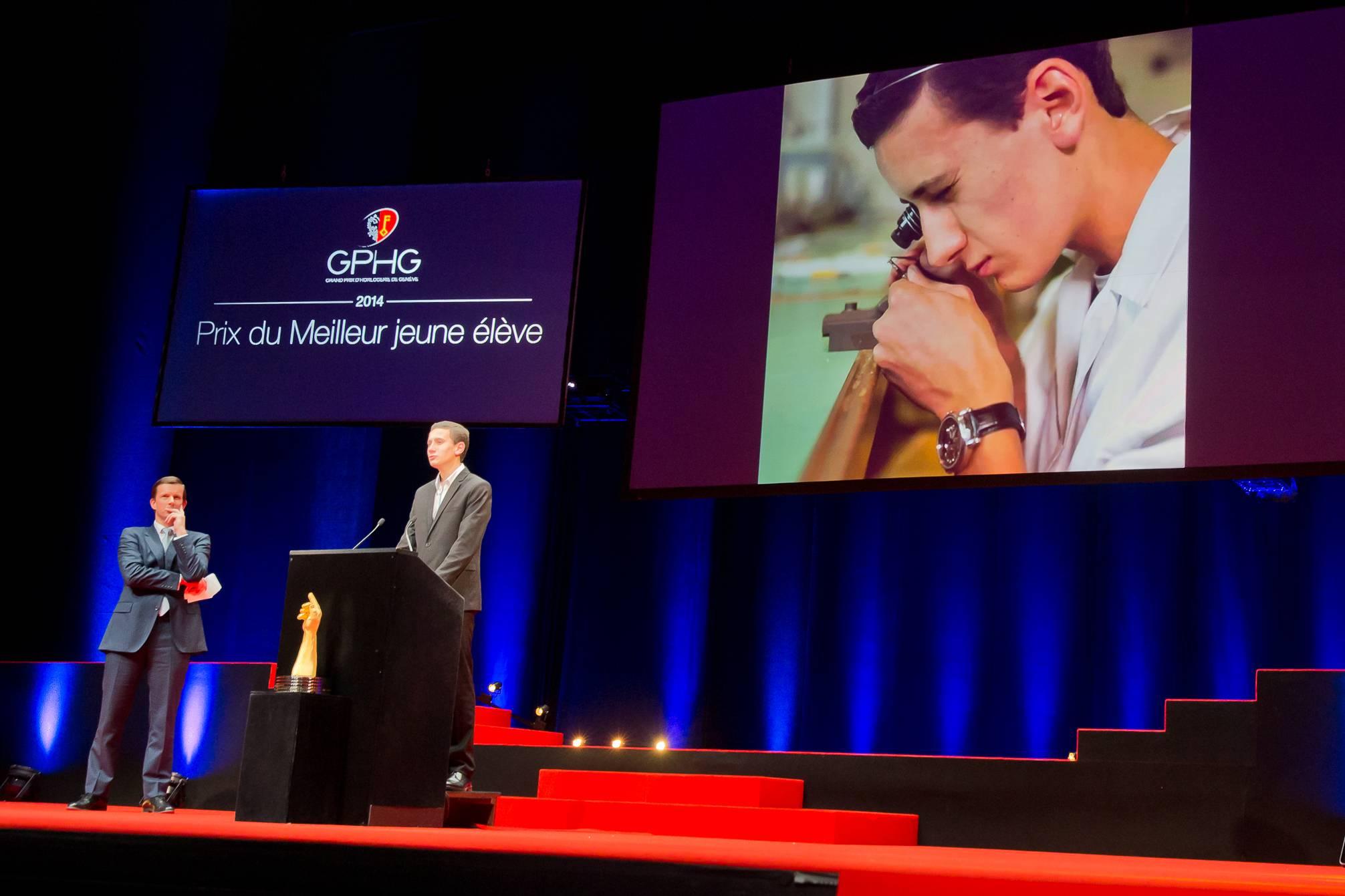 Emmanuel Fievet (Directeur Général de Edmond de Rothschild Suisse S.A.) et Quentin Guillerminet (lauréat du Prix du Meilleur Jeune Elève)