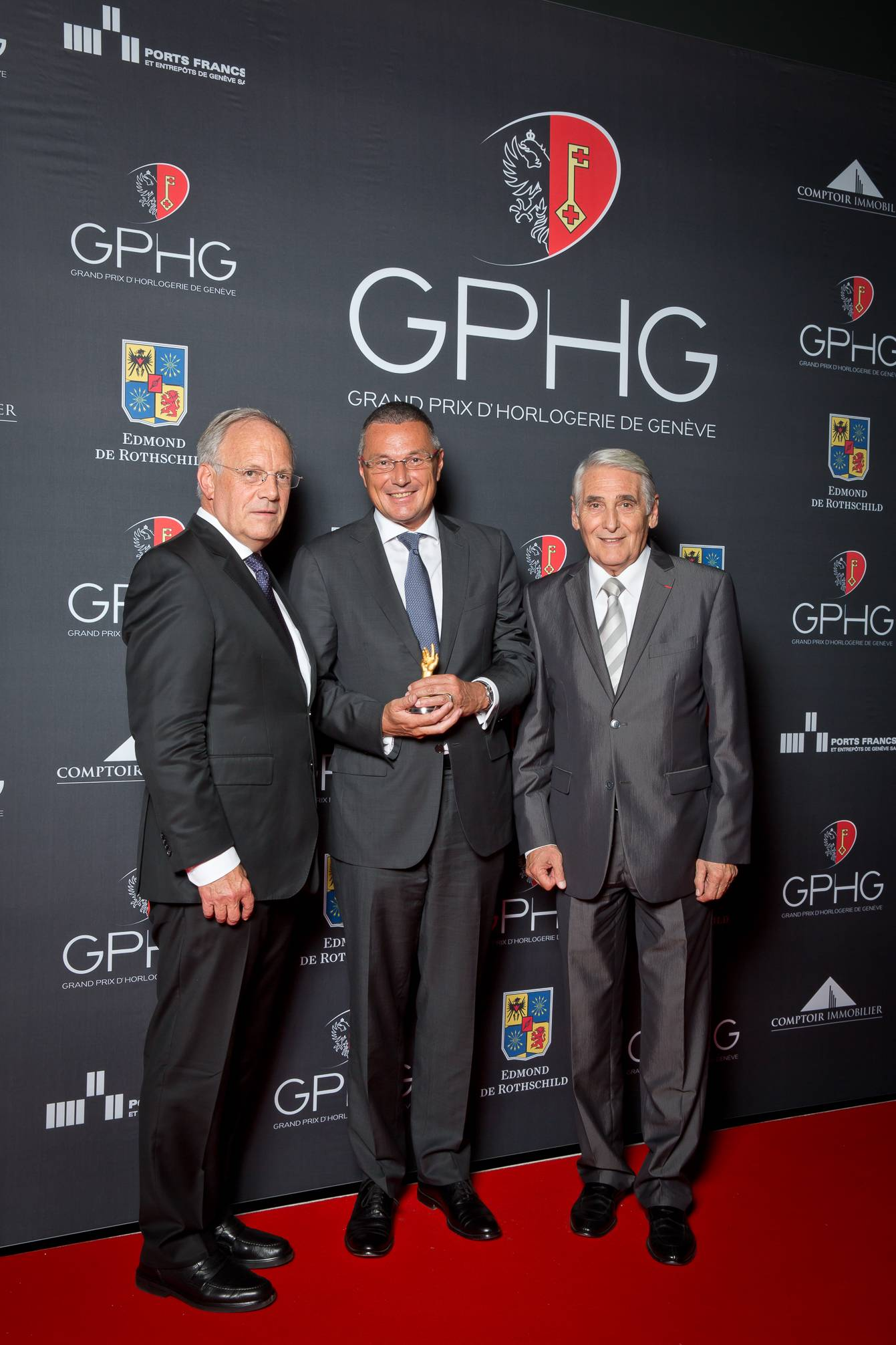 Johann Schneider-Ammann (Federal councillor), Jean-Christophe Babin (CEO of Bulgari, winner of the Jewellery Watch Prize 2014) and Carlo Lamprecht (President of the Foundation of the GPHG)