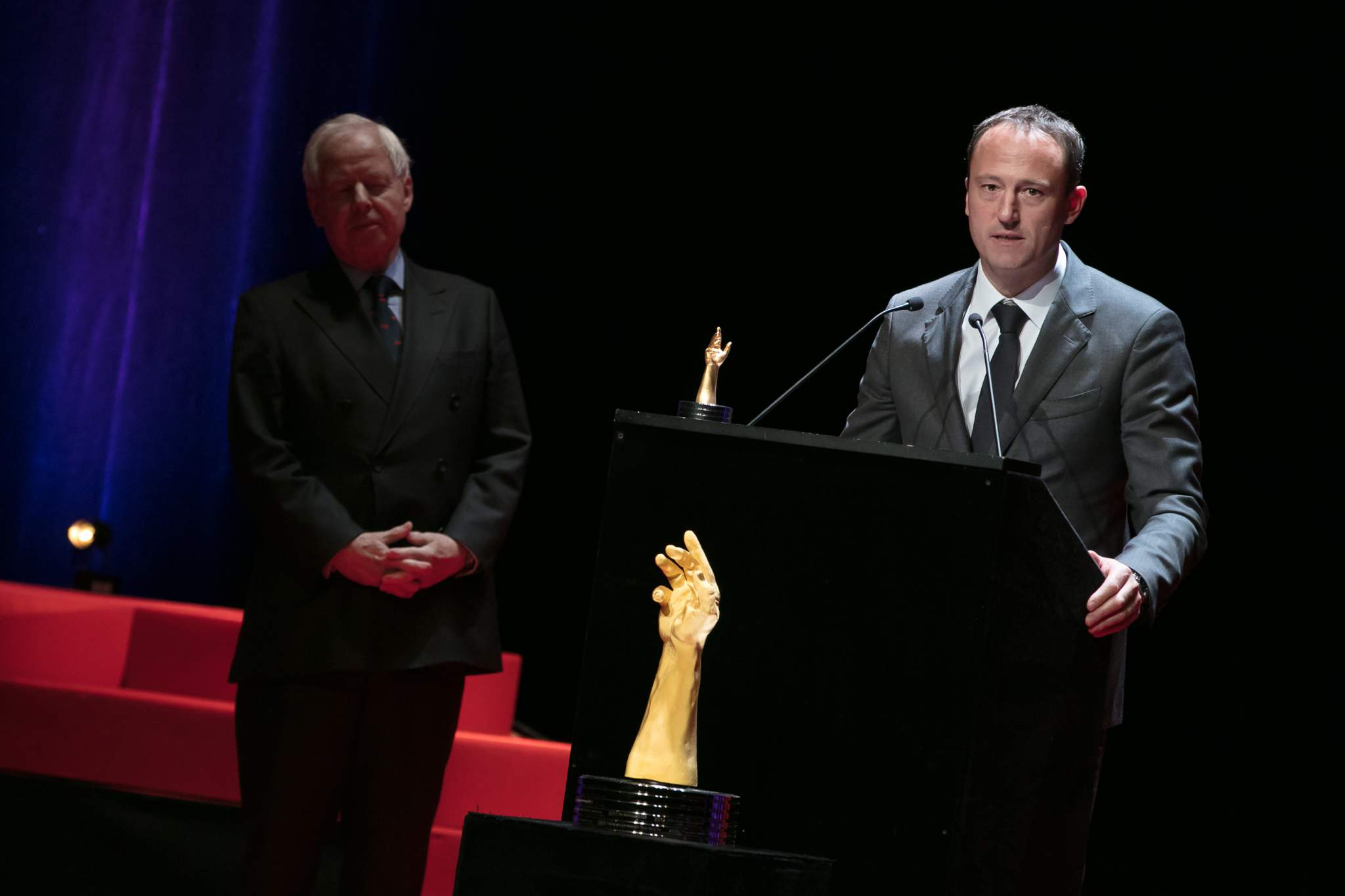 Prince Philipp von und zu Liechtenstein (Chairman of LGT) and Eric Pirson (Director of Tudor, winner of the « Petite Aiguille » Prize 2017)