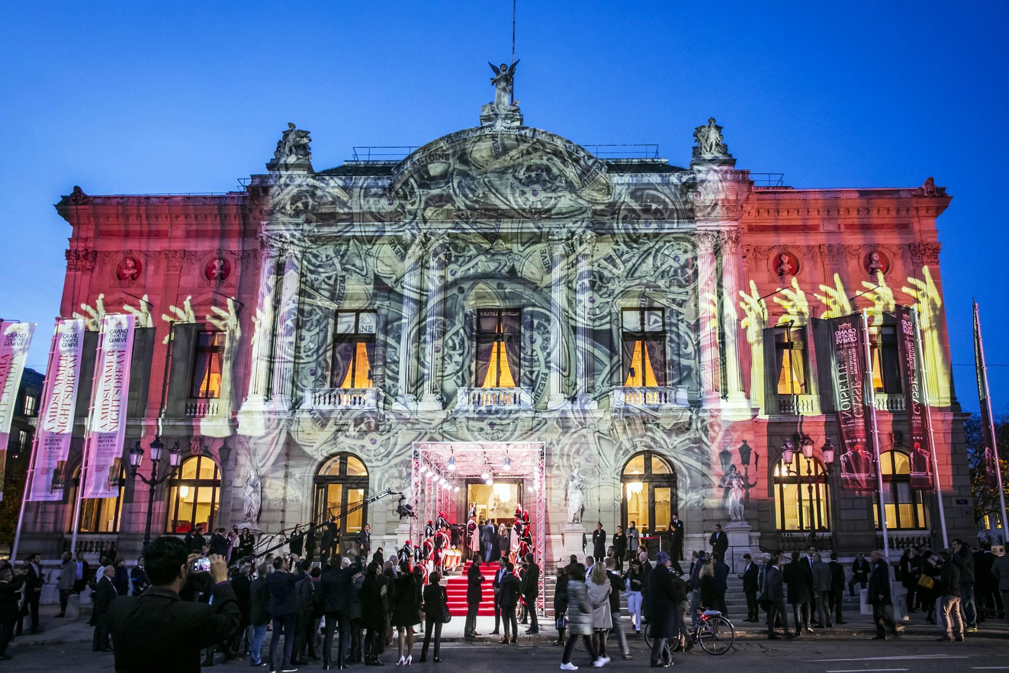 Le Grand Théâtre de Genève illuminé par Gerry Hofstetter.